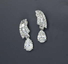 A PAIR OF DIAMOND, SIMULATED D