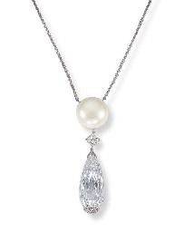 A SPECTACULAR DIAMOND BRIOLETT