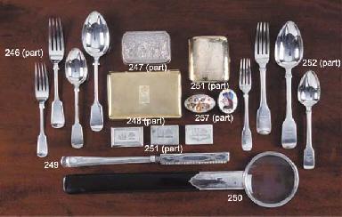 A George V Silver-Handled Tort