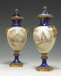 A PAIR OF ORMOLU-MOUNTED SEVRE