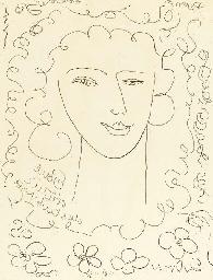 Jeune fille souriant et fleurs