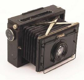 Nettel press camera