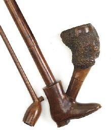 A Victorian burr maple pipe