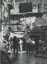 Rue animée de Naples, 1950s