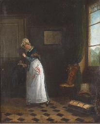 Jeune femme dans un intérieur