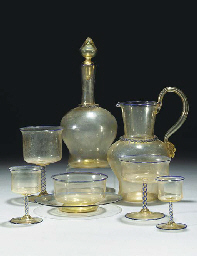 A Murano part table service
