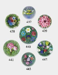 A Bob Bamford flat bouquet wei