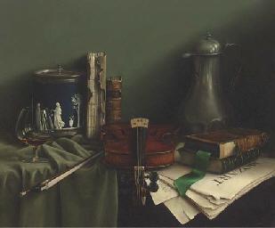 A violin, books, a wedgewood p
