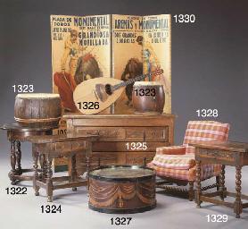 AN ITALIAN WALNUT CENTER TABLE