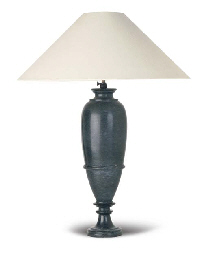 A GREEN VEINED MARBLE LAMP