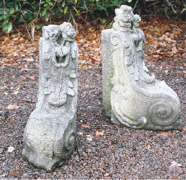 A PAIR OF FRENCH SCULPTED SAND