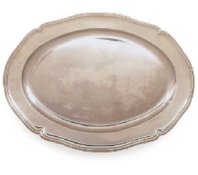 A FRENCH SILVER MEAT-DISH