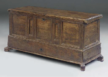 A Spanish walnut mule chest