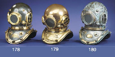 A 12-BOLT DIVER'S HELMET BY SI