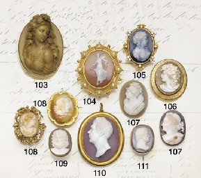 A group of jewellery and objec