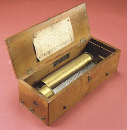 A key-wind musical box by Duco