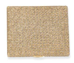AN 18K GOLD VANITY CASE, BY VA