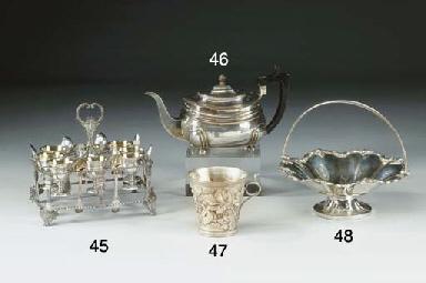 Servizio portauova in argento