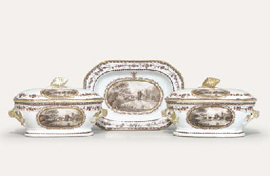 A PAIR OF CRESTED SAUCE-TUREEN