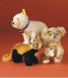 Steiff members of the bear fam