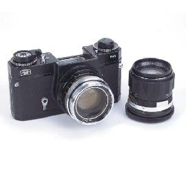 Icarex 35 S TM Pro camera