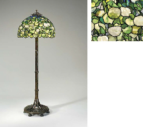 A 'HYDRANGEA' LEADED GLASS AND