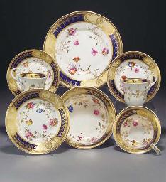 An English porcelain part tea-