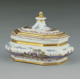 A Meissen sugar box and cover