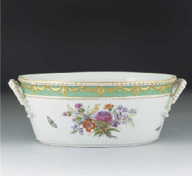 A Berlin oval soup-tureen