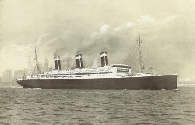 S.S. Leviathan in New York Har