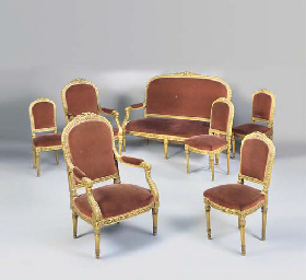 A FRENCH GILTWOOD SEVEN-PIECE