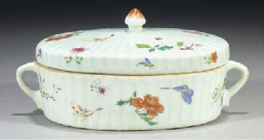 A famille rose oval moulded bo