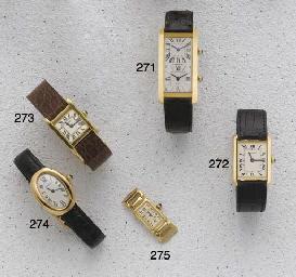 Cartier: A ladies 18ct gold ov