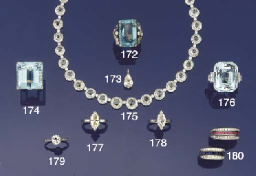 An aquarmarine single stone ri
