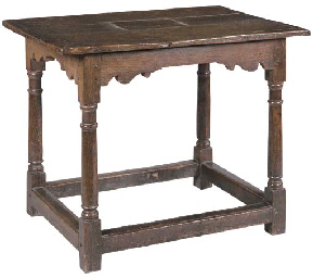 AN ENGLISH OAK CENTRE TABLE