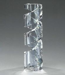 A Baccarat clear glass sculptu