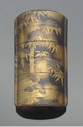 A Japanese five-case lacquer i