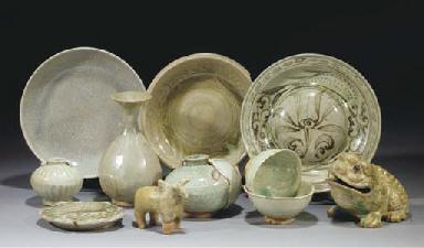 A large group of Thai celadon