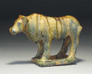 A Sancai glazed pottery model