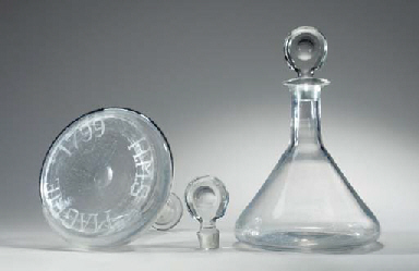 A pair of crystal ships decant