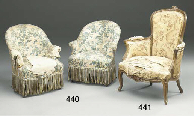 A PAIR OF FRENCH UPHOLSTERED E