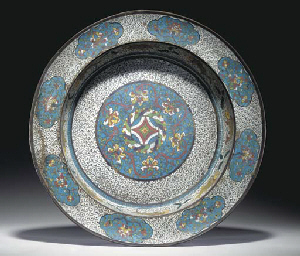 A LARGE CHINESE CLOISONNE ENAM