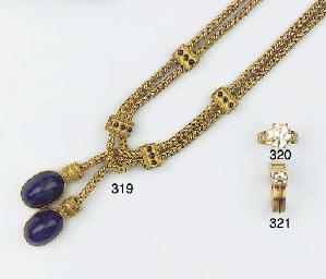 A SINGLE STONE DIAMOND RING, B