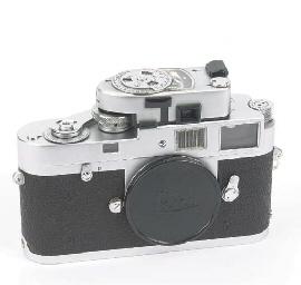 Leica M2 no. 1004075