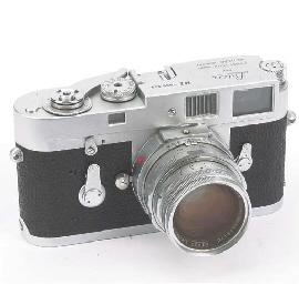 Leica M2 no. 995949