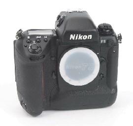 Nikon F5 no. 3045645