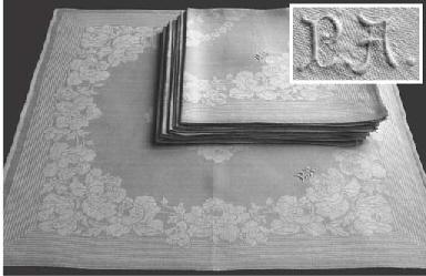 (12) A set of twelve damask li