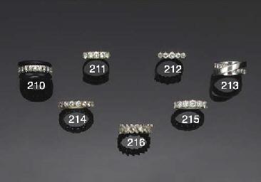 A diamond half-eternity ring b