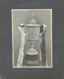 A 1905-06 NEWCASTLE UNITED A.F