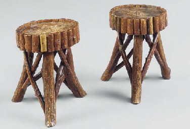 A PAIR OF REGENCY 'COTTAGE ORN